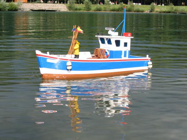 La pêche sur le lac balkhach le repos du prix