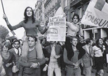La Réflexion De La Libération De La Femme UNMwpy