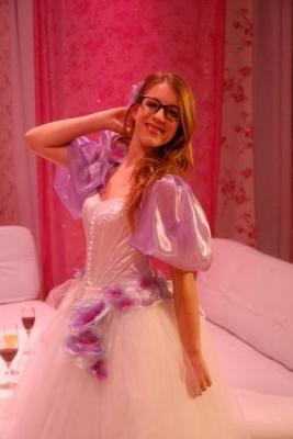patricia en robe de princesse
