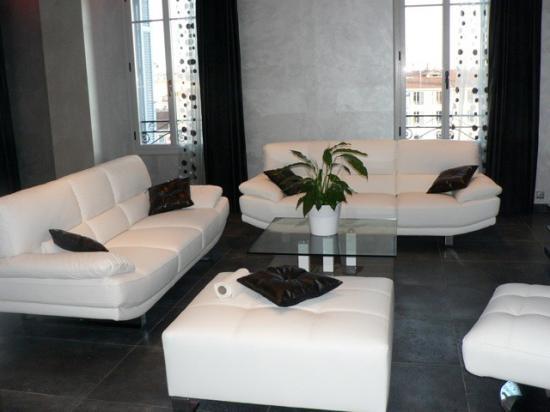 appartement moderne luxe. Black Bedroom Furniture Sets. Home Design Ideas