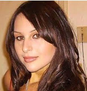 Natalie Dylan vend sa virginité sur internet