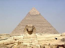 Que pensez vous des pyramide de Khéops de Memphis