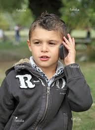A 11 ans il appelle la police parce qu'il doit faire du ménage