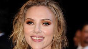 Le FBI enquête sur des photos de Scarlett Johansson nue