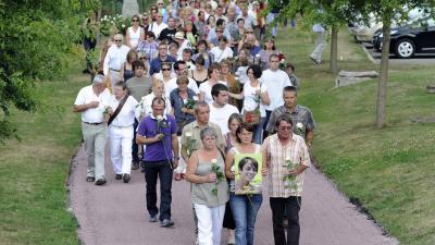 Hommage marche blanche pour Anne Caudal