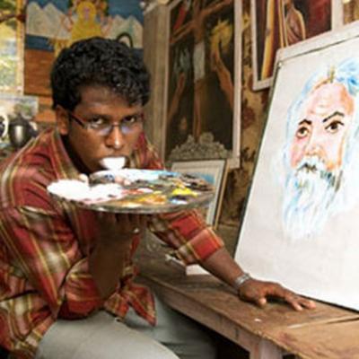 Ani K artistes peintres crée ses œuvres d'art avec la langue
