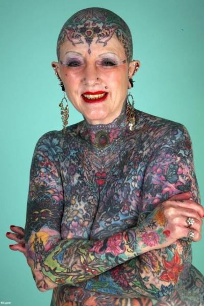 La femme la plus tatouée du monde ( Isobel Varley  )