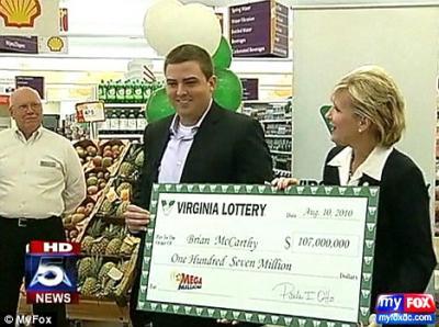 un millionnaire gagne 107 millions à la loto ( Brian McCarthy )
