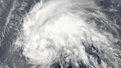 Irène se rapproche d'Haïti, provoquant fortes pluies et glissements de terrain