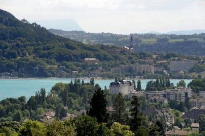 News :Deux corps retrouvés dans le lac d'Annecy