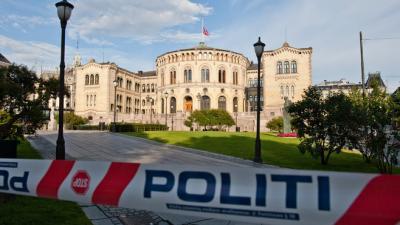 News Un homme perturbé traqué après l'attentat d'Oslo