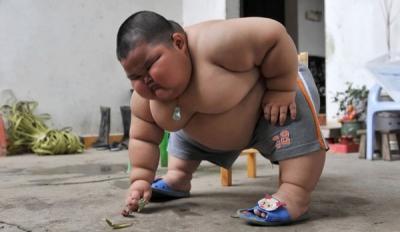 Lu Hao Enfant de 3 ans qui pèse 60 kg