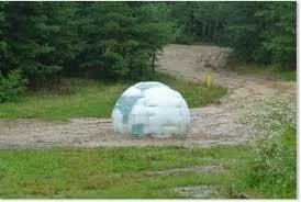 Mystére Un  igloo de glace en République Tchèque