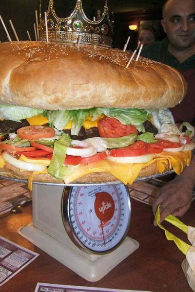 Le plus gros hamburger du monde!