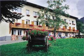 Colonie de vacance 52 enfants intoxiqué à St-Jeoire en Faucigny ( Haute-Savoie )