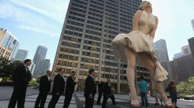 Une statue géante de Marilyn Monroe en plein Chicago