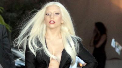 Lady Gaga attaquée part L'artiste Rebecca Francescatti