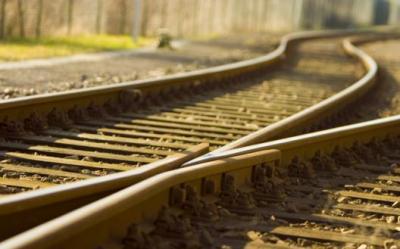 un train parcourt 980 kilomètres dans la mauvaise direction
