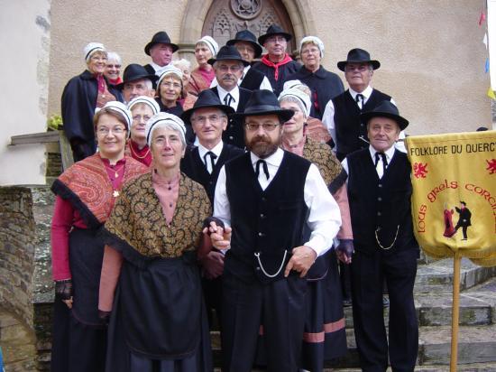 Le groupe folklorique des Grillons Quercinois