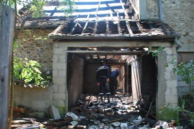 Investigation d'une maison incendiée  à Savigny le Temple