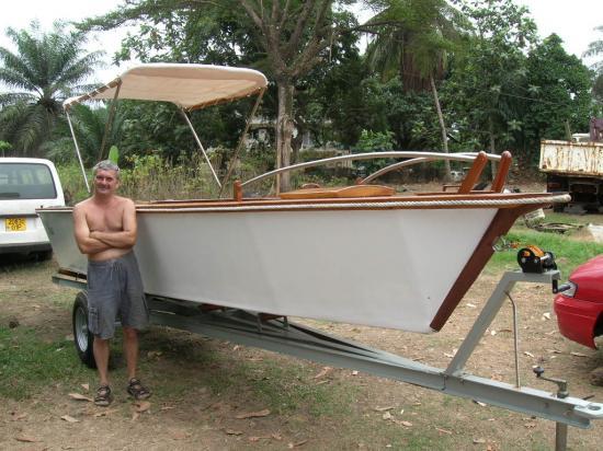 menuiserie ljb construction de bateaux en cousu coll. Black Bedroom Furniture Sets. Home Design Ideas