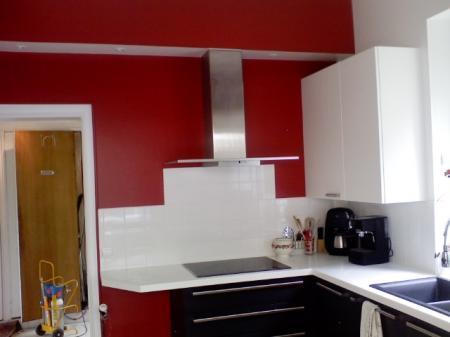 Peinture cuisine for Cuisine peinture rouge