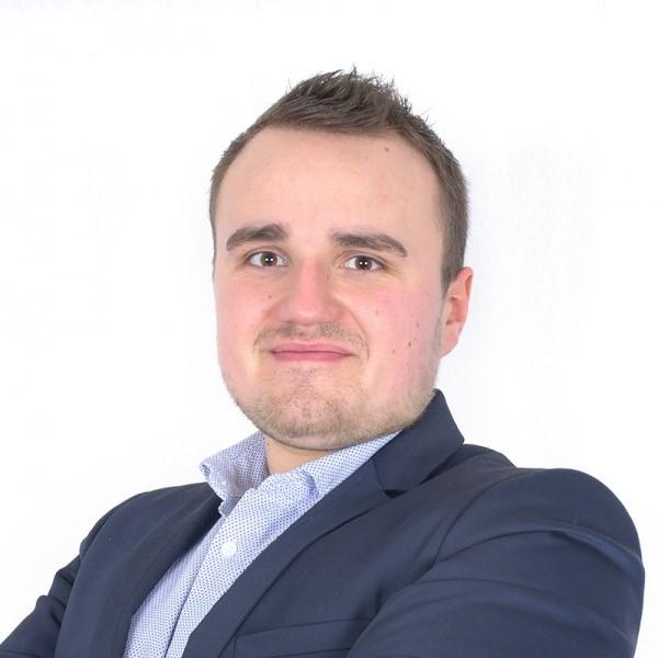 Quentin, Business Analyst de l'Agence Awelty